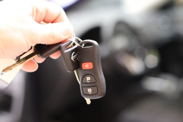 car-buying-car-dealer-car-keys-724330